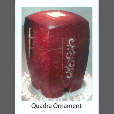 Quadra Dunkelrot mit Ornament Verfügbarkeit anfragen !!!